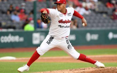 Édgar Torres logra su primer triunfo en la Liga Mexicana de Beisbol