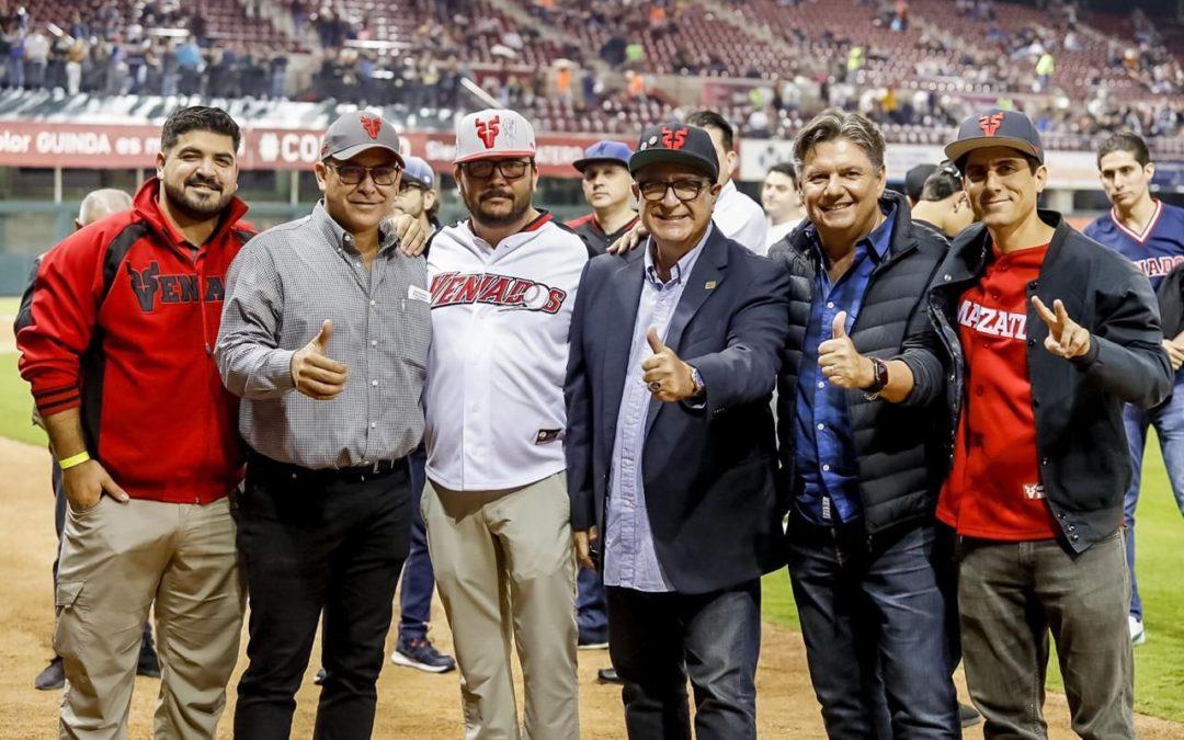 """Jesús """"Chino"""" Valdez y Jesús Valdez Jr marcan historia en el beisbol mexicano"""