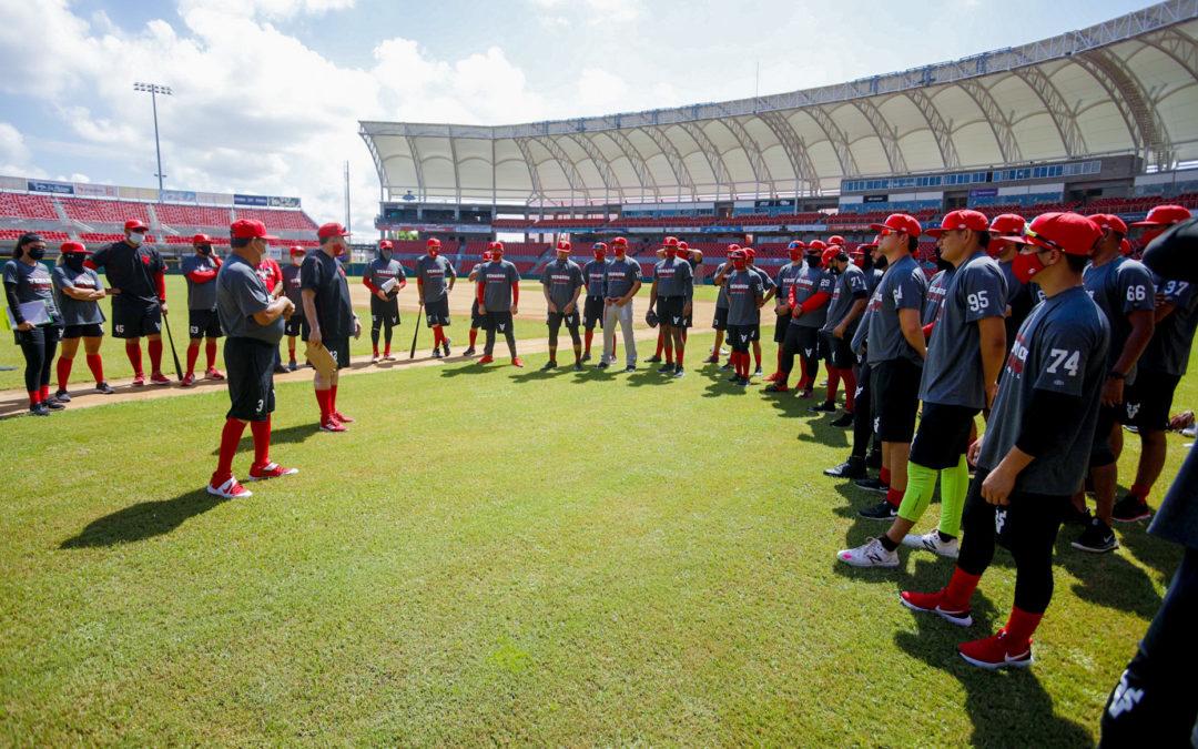 Venados de Mazatlán sostiene calurosa práctica; José Luna y Oziel Flores son las novedades